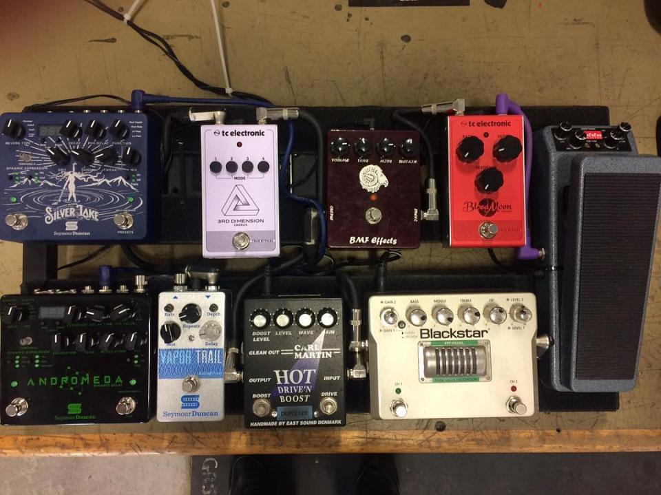 Click image for larger version.  Name:Big Pedalboard 2019.jpg Views:75 Size:99.7 KB ID:101672